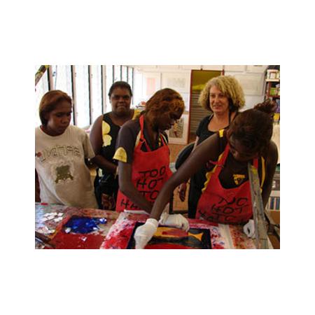 Young artists at Buku Larrnggay Mulka print workshop. © Buku Larrnggay Mulka, Yirrkala